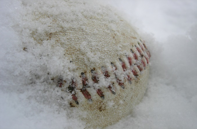 Large_baseball-in-snow